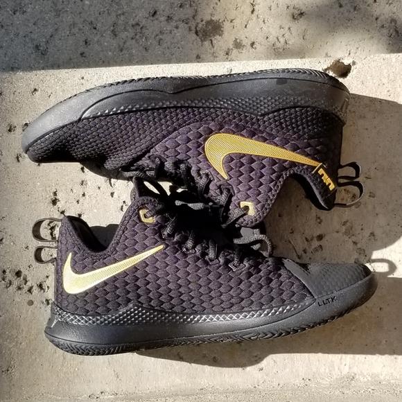 Nike Shoes | Nike Lebron Men Size 9